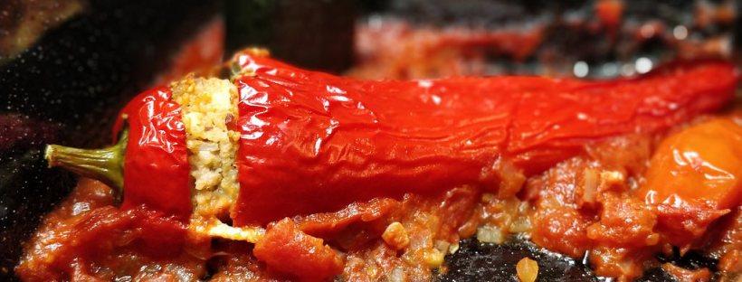 Gefüllte Paprika & Zucchini mit Couscous, Schinken und Feta
