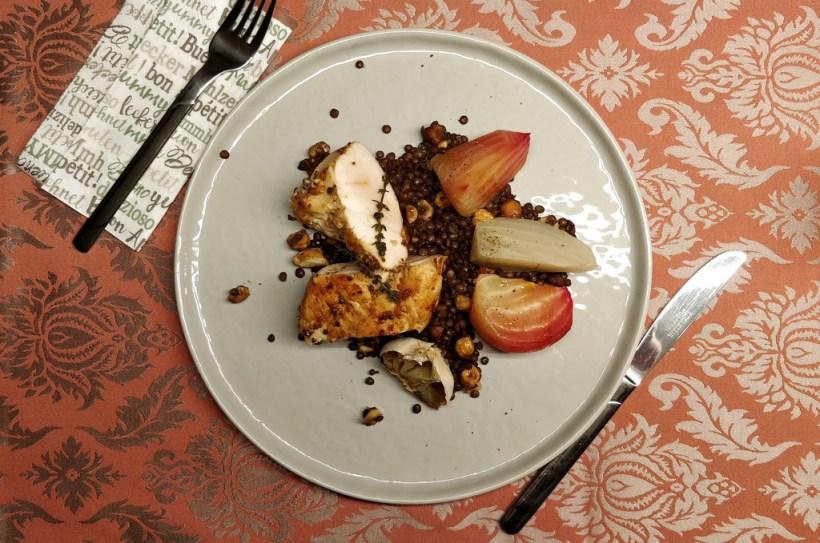 Hendlfilet mit Linsen und Ofen-Rüben