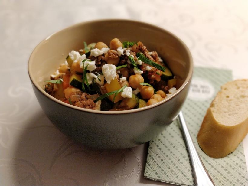 Kichererbsen-Paprika-Pfanne mit Feta