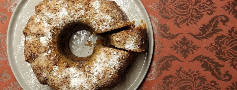 Torta alla mele e noci oder Apfel-Walnuss-Guglhupf