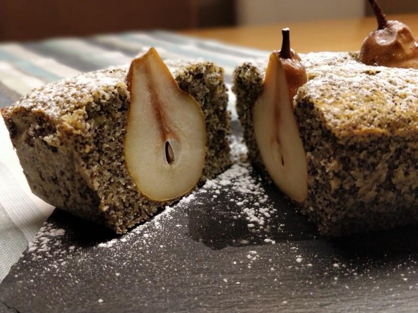 Versunkener Birnen-Mohnkuchen