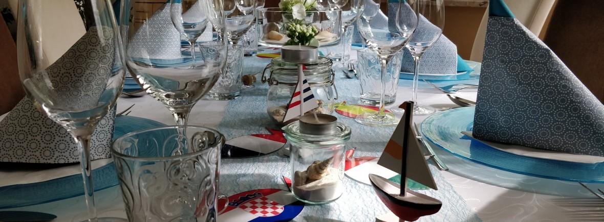 """""""Reise durchs Mittelmeer"""" 2019 - Essen mit Freunden"""